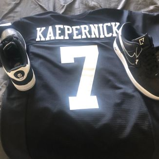 colin-kapernick-nike-air-force-1-low