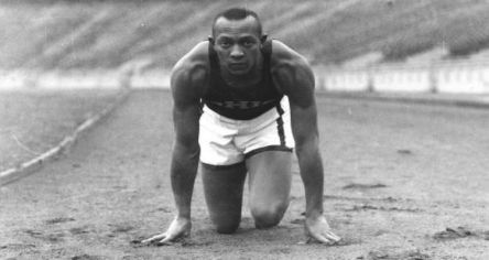 Jesse Owens Getting Set