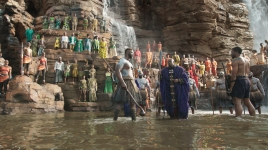 Production designer Hannah Beachler was responsible for devising the look of Black Panther, from the waterfall amphitheaters of Wakanda to its high-tech laboratories and aircraft.