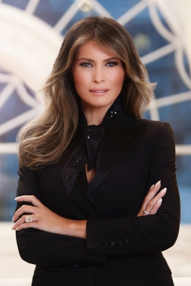 Melania Trump, Official Portrait
