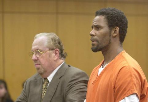 R Kelly In Court Outfitted In Prison Jumpsuit